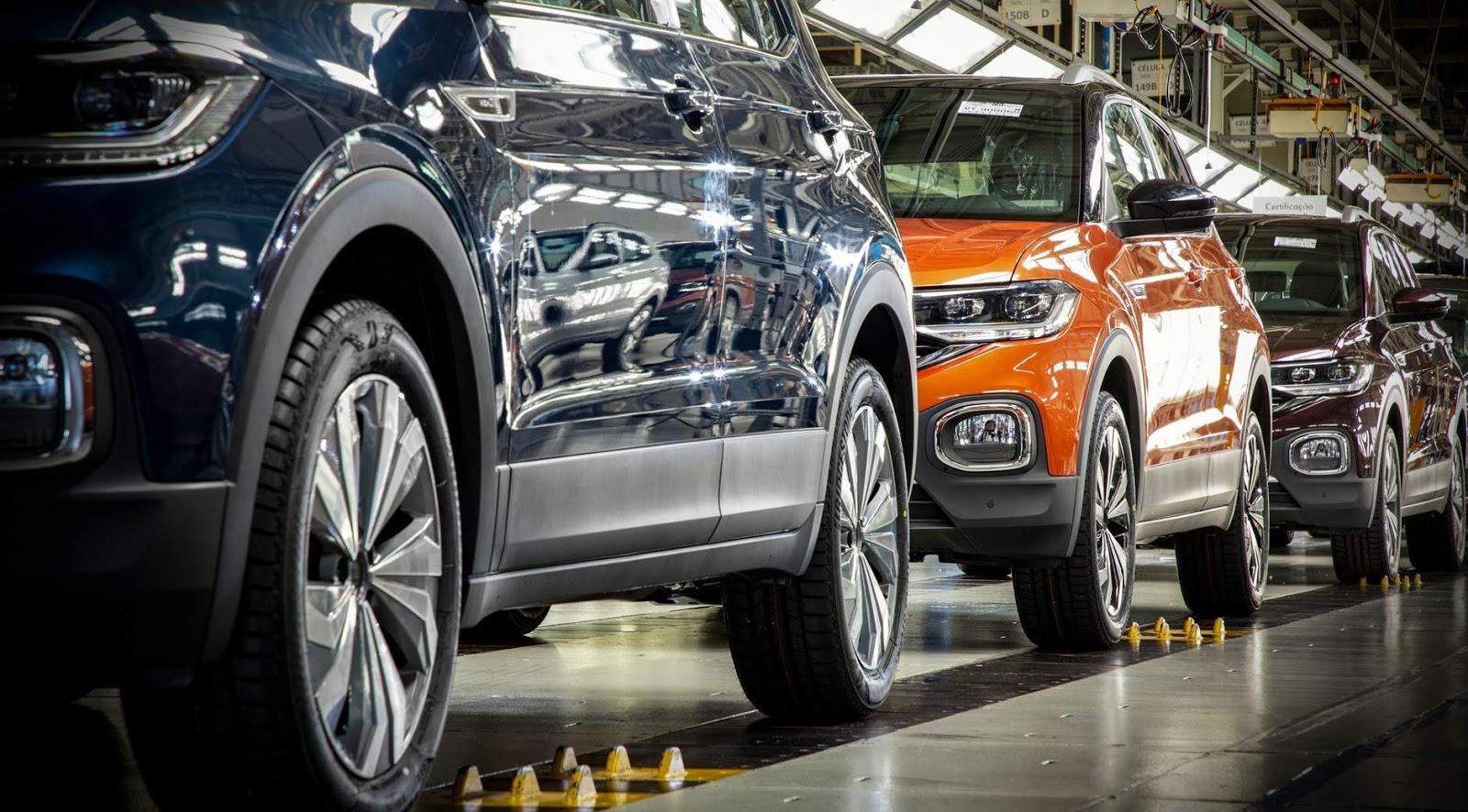 Volkswagen suspende produção no Brasil em 3 fábricas por falta de chips