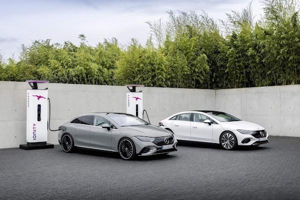 Mercedes-Benz associa-se à Stellantis para produzir baterias